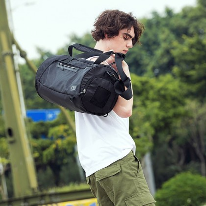 Unisex Large Compact Waterproof Fordable Travel Bag - Black MZLX00005